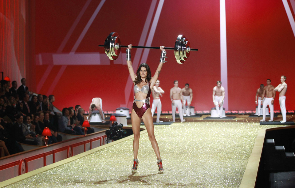 Model Isabeli Fontana presents a creation during the Victoria's Secret Fashion Show in New York