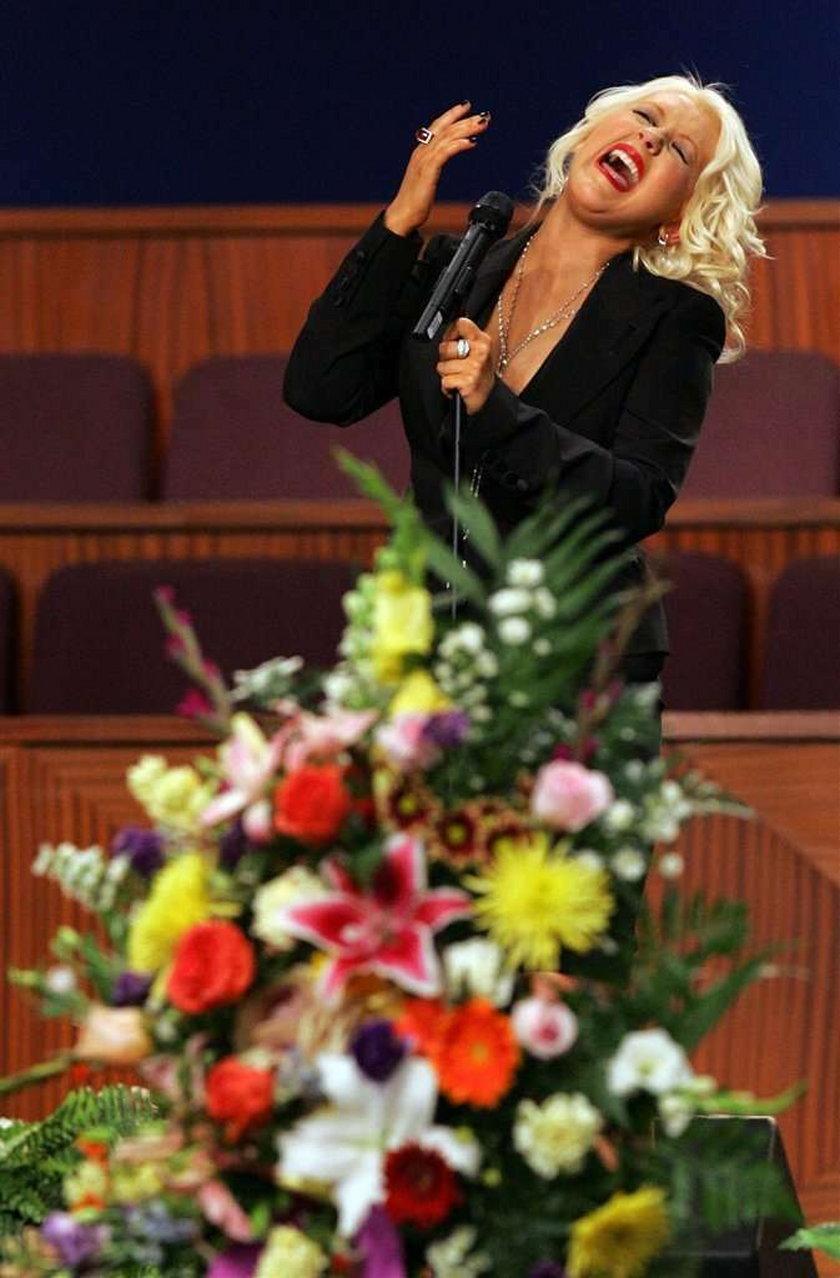 Pogrzeb słynnej amerykańskiej piosenkarki. Foto