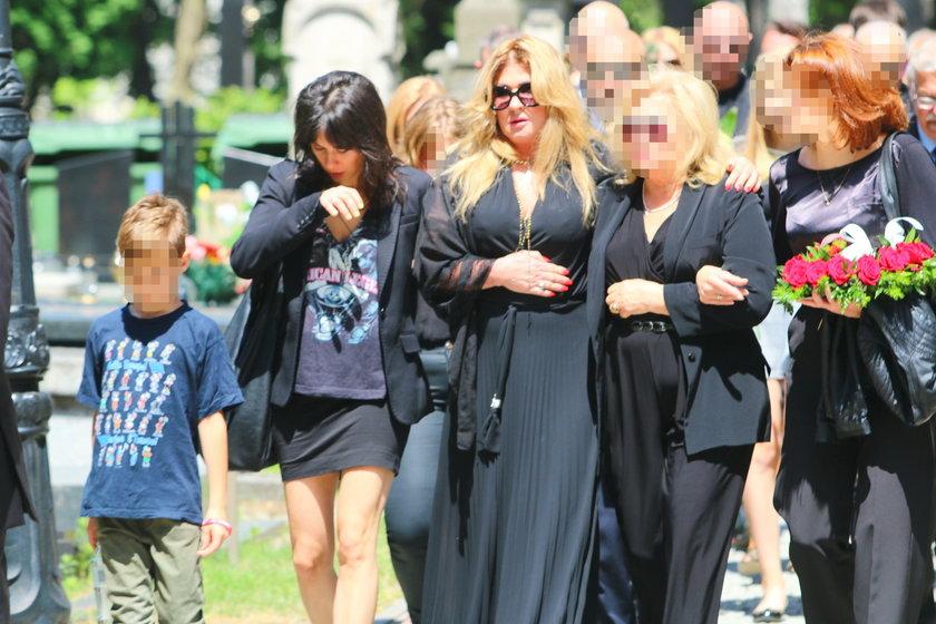 Beata Kozidrak na pogrzebie brata