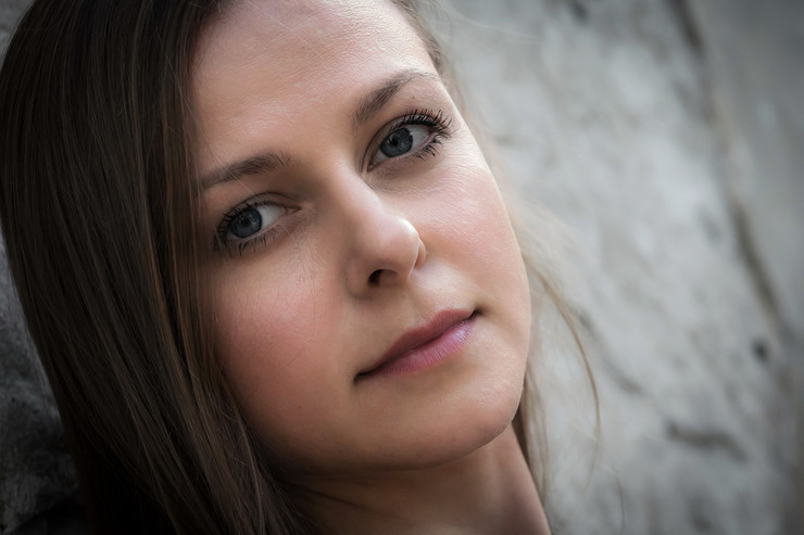 Marta Bereš igra Hasanginicu u istoimenoj  predstavi Novosadskog pozorišta