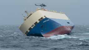 Próba ratowania statku. Istnieje niebezpieczeństwo zatonięcia