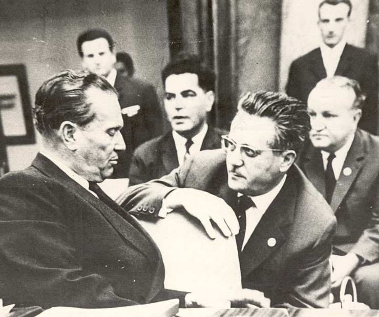 Delegacija Jugoslavije: Tito, Veljko Vlahović, Edvard Kardelj i Vladimir Bakarić