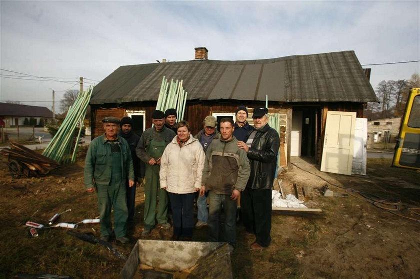 Odbudujemy spalony dom