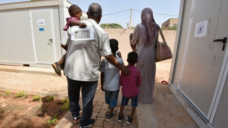 The UN refugee agency has evacuated refugees from Libya to Niger. It is appealing for countries to take in a further 1,300 vulnerable migrants at risk of abuse in the north African country