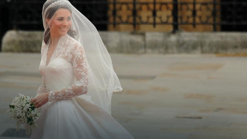 Księżna Kate miała dwie suknie ślubne!