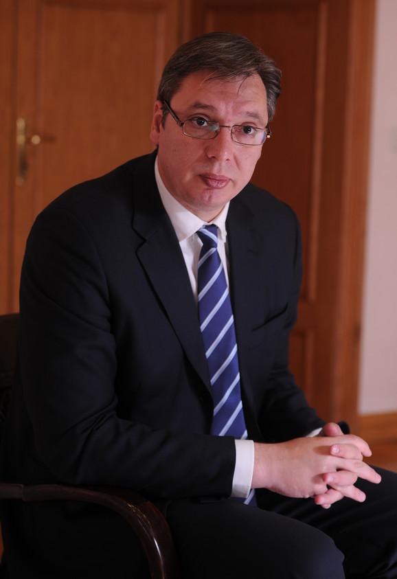 Baš da vidim kako će me to pobediti Saša Radulović: Vučić
