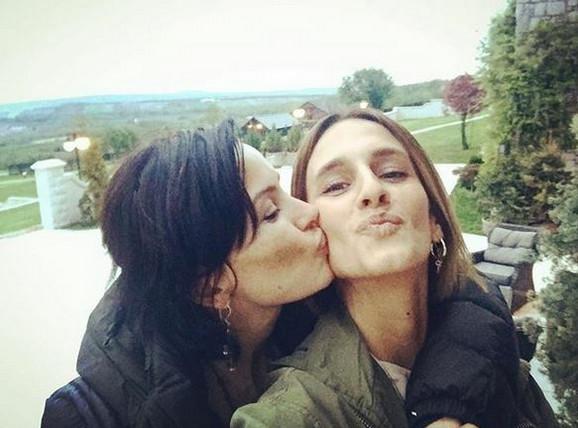 Milena Rakočević i Elena Karić