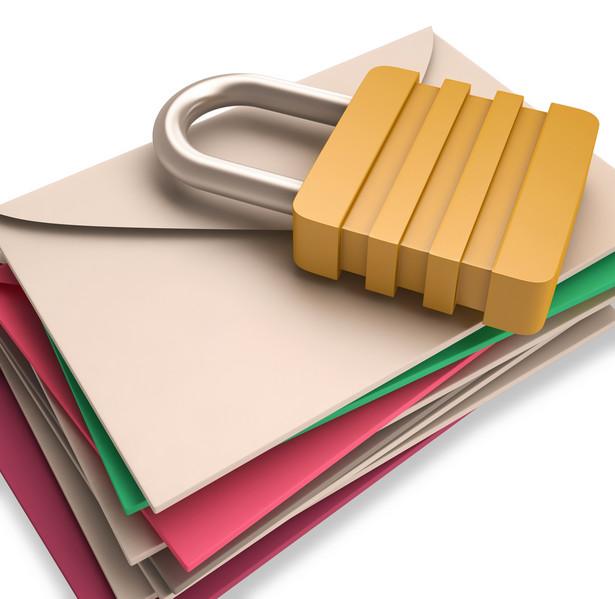 Pracownik może zrzec się prawa do tajemnicy prywatnej korespondencji.