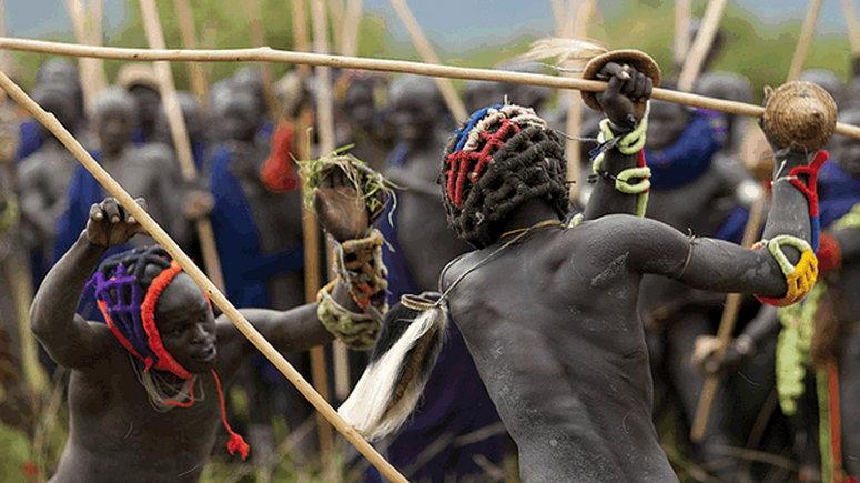 Top 5 strange tribal rituals (Answersafrica)
