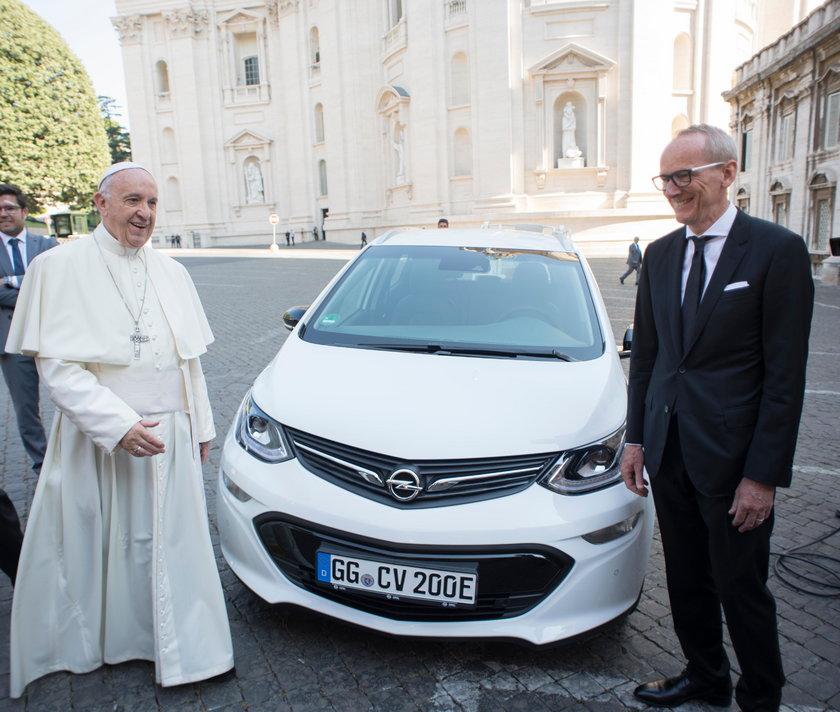 Takim autem będzie jeździł Ojciec Święty