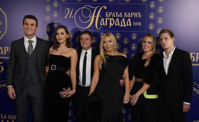 Hugo Valente, Anja Stojković, Dragan Stojković Piksi, Snežana Stojković, Andrea i Marko Stojković