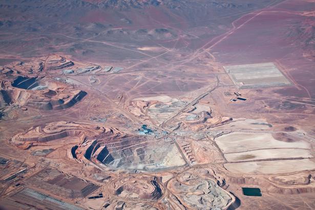 Kopalnia miedzi na pustyni Atakama w Chile