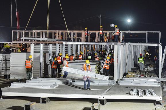 Izgradnja modularne bolnice u Vuhanu