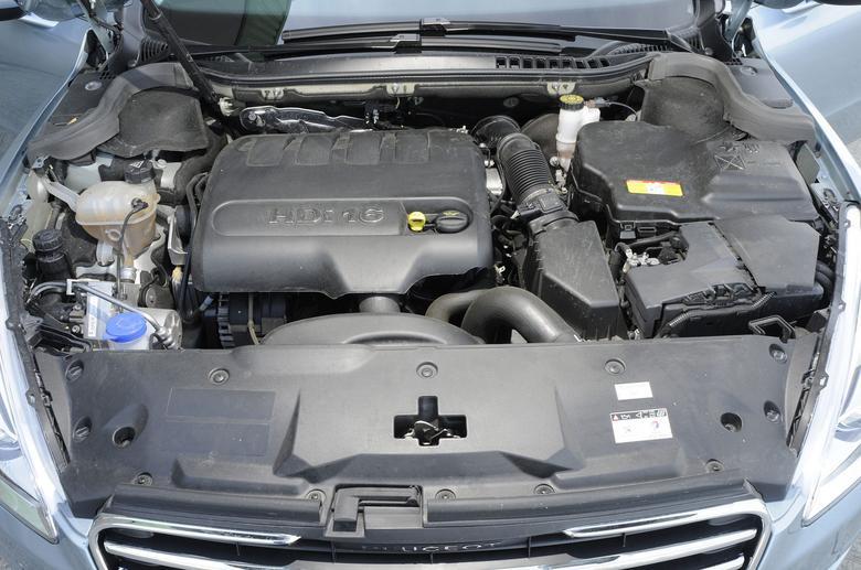 To jeden z najlepszych turbodiesli ostatnich lat – 2-litrowe HDi to motor,  który nie ma zbyt wielu problemów, zapewnia dobre osiągi i niewiele pali.