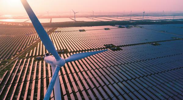 Panele fotowoltaiczne i turbiny wiatrowe trzeba utylizować za 20–30 lat. Już dzisiaj należy o tym pomyśleć