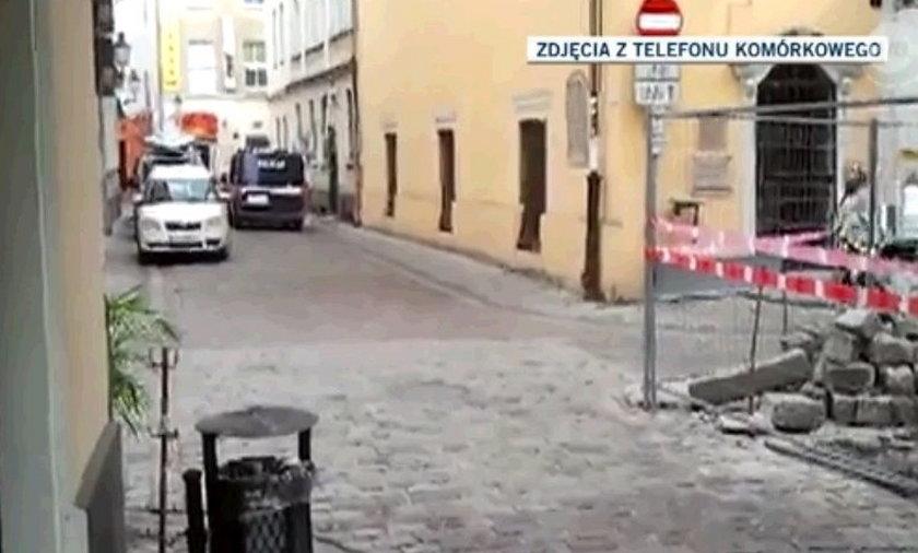 policjanci pobili dziennikarza