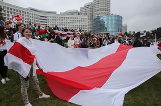 Białoruś: Prokuratura odmówiła informacji o swych działaniach w związku z torturami w aresztach