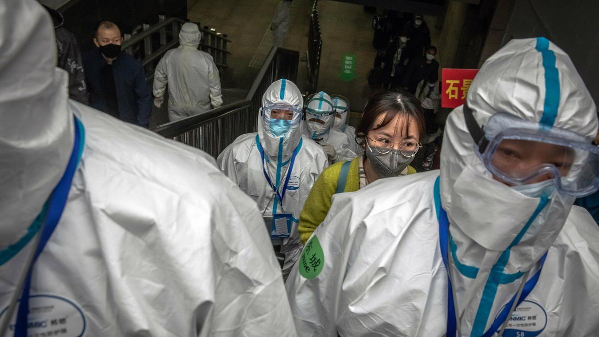 Furcsaságokat tapasztaltak Kínában a Who tudósai: így keresik Vuhanban a járvány kitörésének okait