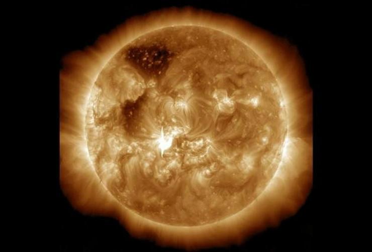 421020_solarna-oluja-7-januar-nasa