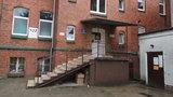 Kobieta zmarła na schodach szpitala. Rodzina zawiadamia prokuraturę