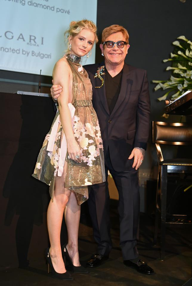 "Lottie Moss i Elton John na gali ""The Radical Eye"""