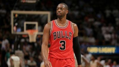 Wade beats Heat in Miami return, Durant streak ends