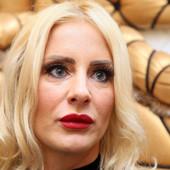 """Milica Dabović preko Instagrama podelila Srbiju, mnoge DAME JOJ ZAMERILE zbog priče o lepoti: """"I ja mogu da skinem aplikaciju"""""""