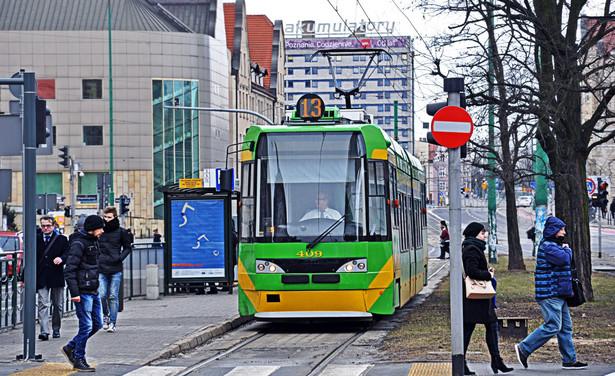 Krakowska komunikacja miejska zamarła. 80-90-proc. spadek liczby pasażerów