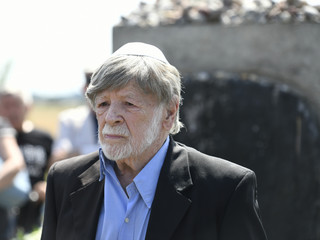 Szewach Weiss: Polsce należą się reparacje od Niemiec