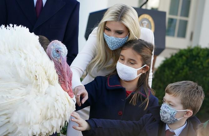 Ivanka Tramp sa decom na proslavi Dana zahvalnosti u Beloj kući