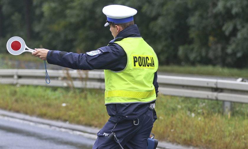 Yanosik i policja ruszają z kampaniąedukacyjną o nowych przepisach drogowych.