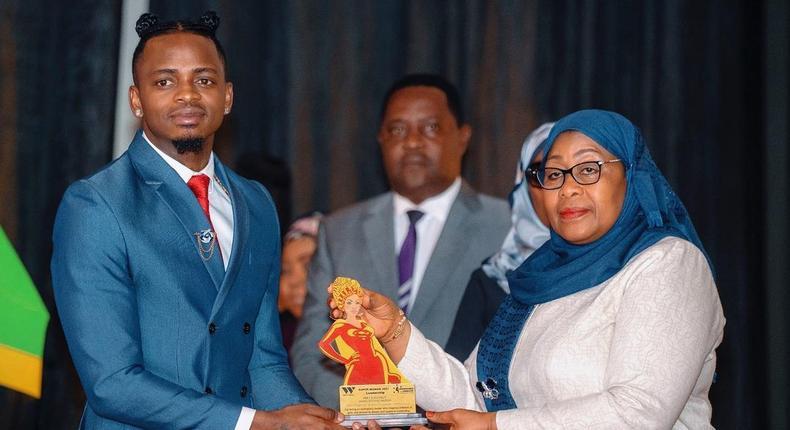 Diamond Platnumz with President Mama Samia Suluhu Hassan