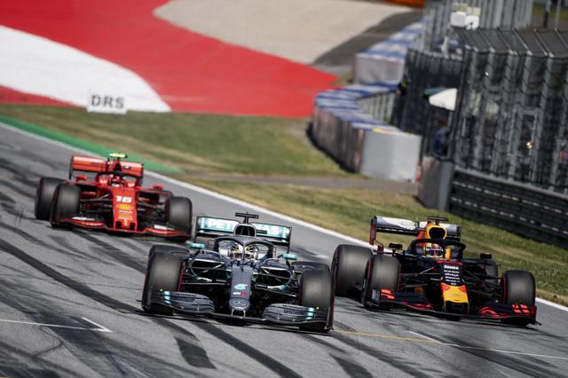 Šarl Lekler, Luis Hamilton i Maks Verstapen: tri najbrža vozača u Austriji ove subote