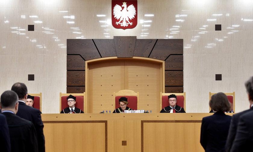 Nocna zmiany w ustawie o Trybunale