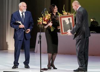 Literacka nagroda Angelus dla Varujana Vosganiana