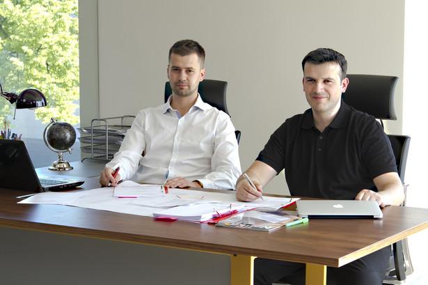 Firma Michała Ziomka i Konrada Grzeszczyka zapewnia pracę 200 osobom