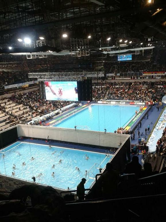 Ovako izgleda bazen u Kombank areni posle skidanja zavese i proširenja kapaciteta