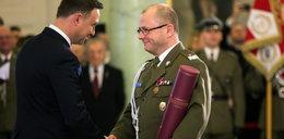 Zwalczany przez Macierewicza generał odzyska certyfikaty bezpieczeństwa! Kolejne zwycięstwo prezydenta