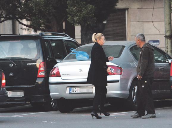 Varaju vozače na parkingu kod Skupštine Srbije