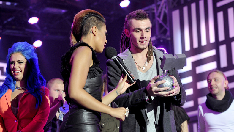 Zespół Bednarek zwyciężył w kategorii Najlepszy Polski Artysta MTV EMA 2013 i tym samym zdobył szansę na tytuł Najlepszego Artysty Europejskiego