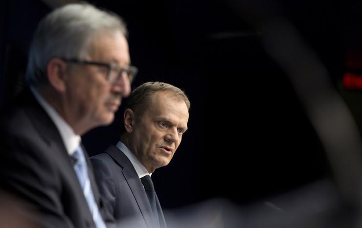 "Tusk optužen da sabotira predlog Evropske komisije, a Junker da sprovodi ""svoju volju"""