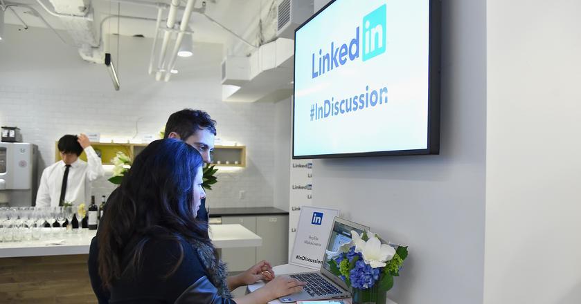 12 porad jak wykorzystać potencjał LinkedIna w karierze i sprzedaży