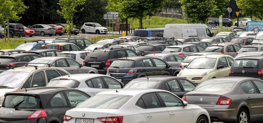 Szykuje się podwyżka opłat za parkingi w Katowicach. Stawki szokują