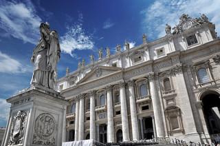 Przed Trybunałem Watykańskim zaczyna się historyczny proces ws. nadużyć finansowych