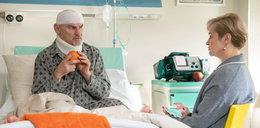 """Zrozpaczony Roman w """"Na Wspólnej"""" dowie się o tym w szpitalu"""