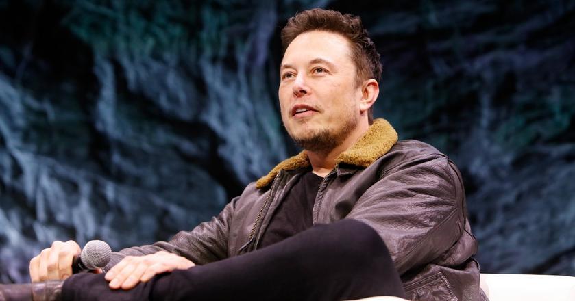 Elon Musk odpowiedział krytykom akcji wysłania Tesli w kosmos