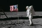 Na današnji dan SAD su lansirale Apolo 11 na Mesec, a pola veka kasnije i dalje traju rasprave: Da li je SNIMAK LAŽAN? (VIDEO)