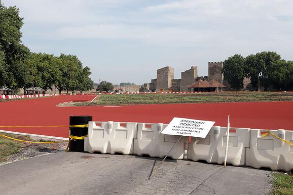 Da li je atletskoj stazi ovde mesto? Odgovor zavisi od toga koga pitate