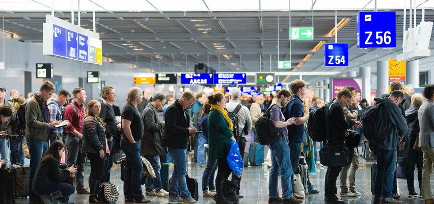 Paszport covidowy na wakacjach. Do czego uprawnia w państwach UE? Gdzie bez niego nie wejdziesz?