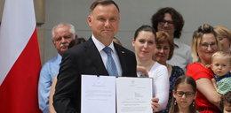 List fotoreporterów do Andrzeja Dudy. Stanęli murem za tymi, których nie wpuścił